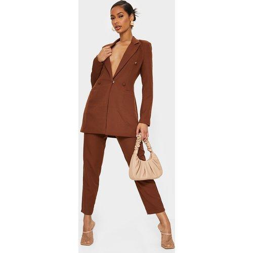 Pantalon de tailleur chocolat court - PrettyLittleThing - Modalova