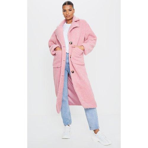 Manteau long vieux en faux-mouton - PrettyLittleThing - Modalova