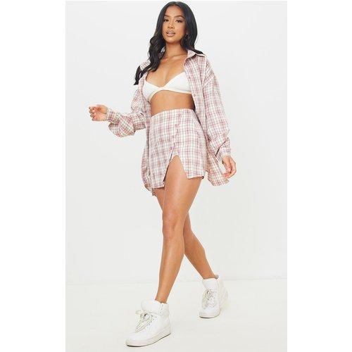Petite - Mini jupe fendue imprimé carreaux à boutons sur les côtés - PrettyLittleThing - Modalova