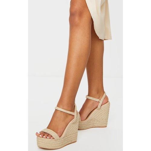 Sandales style espadrilles compensées non colorées - PrettyLittleThing - Modalova