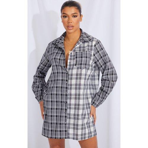 Robe chemise à carreaux gris - PrettyLittleThing - Modalova