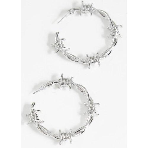 Boucles d'oreilles style barbelés - PrettyLittleThing - Modalova