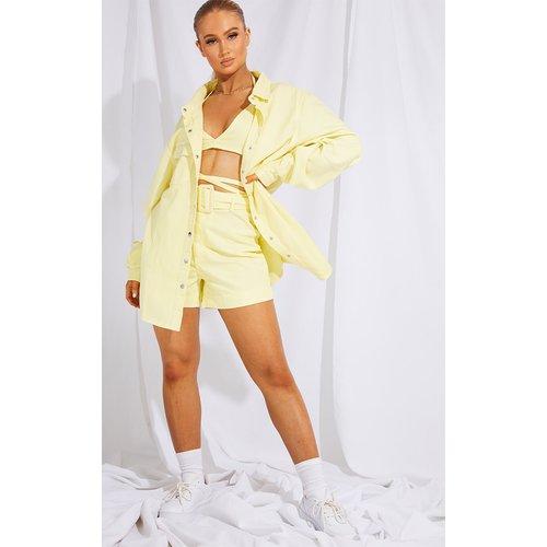 Short en jean taille haute jaune citron ceinturé - PrettyLittleThing - Modalova