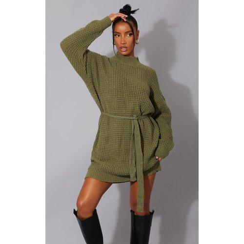 Robe pull en maille tricot douce à ceinture - PrettyLittleThing - Modalova