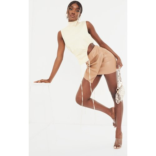 Tall - Mini jupe portefeuille en similicuir  - PrettyLittleThing - Modalova