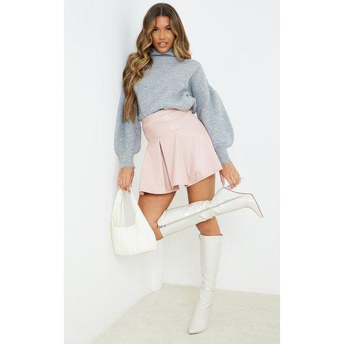 Jupe patineuse plissée en similicuir clair - PrettyLittleThing - Modalova