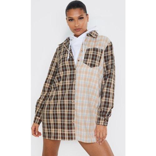 Robe chemise à carreaux bicolores - PrettyLittleThing - Modalova
