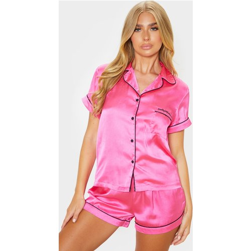 Ensemble de pyjama rose flashy satiné à poche frontale - PrettyLittleThing - Modalova