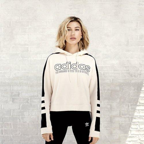 Sweatshirt & Hoodie im Sale - adidas Originals Linear Crop Overhead Hoodie - Only at JD - Cremefarben - Womens, Cremefarben