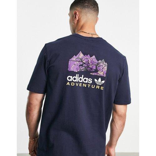 Adventure - T-shirt imprimé au dos - Bleu - adidas Originals - Modalova