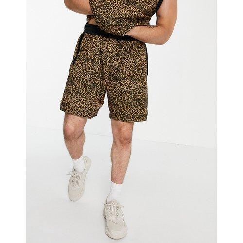 Short à imprimé léopard - adidas Originals - Modalova