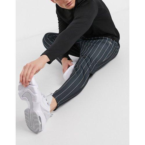 Pantalon de jogging skinny à fines rayures - ASOS 4505 - Modalova