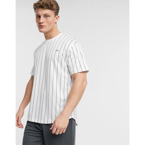 T-shirt de sport à fines rayures - ASOS 4505 - Modalova