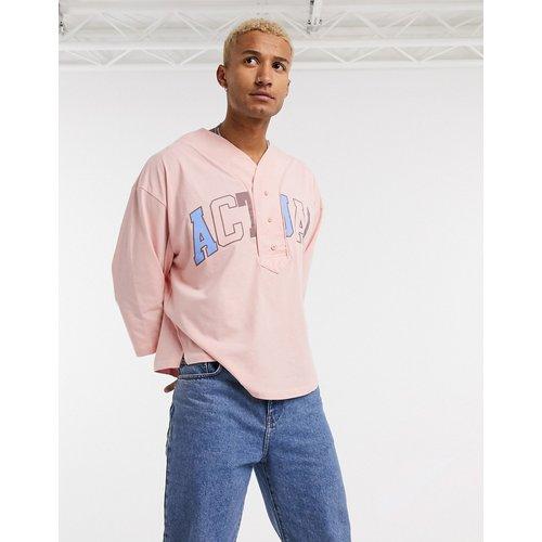 ASOS - Actual - T-shirt oversize avec encolure style baseball et logo appliqué - ASOS Actual - Modalova