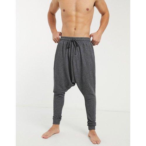 Bas de pyjama confort à entrejambe bas - ASOS DESIGN - Modalova