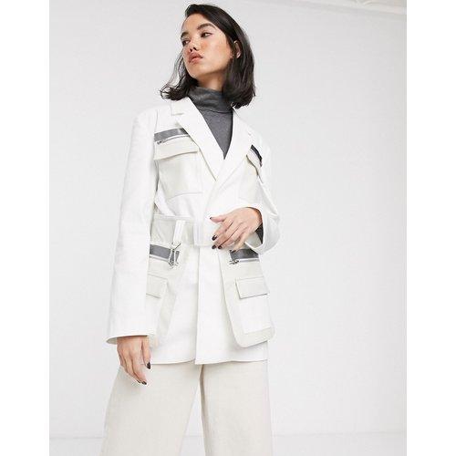 Blazer fonctionnel haut de gamme avec poche et ceinture aspect cuir - ASOS DESIGN - Modalova