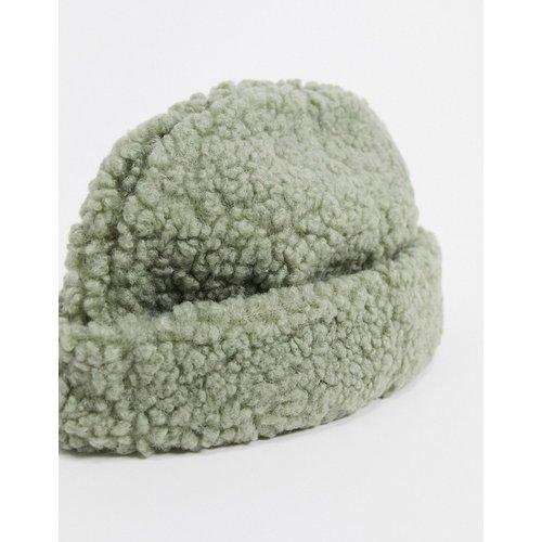 Bonnet de pêcheur imitation peau de mouton - Sauge - ASOS DESIGN - Modalova