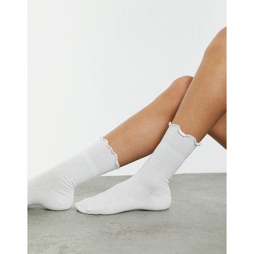 Chaussettes longueur mollets à volants - ASOS DESIGN - Modalova