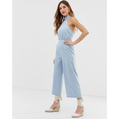 Combinaison dos nu en jean avec jambes larges - délavage clair - ASOS DESIGN - Modalova