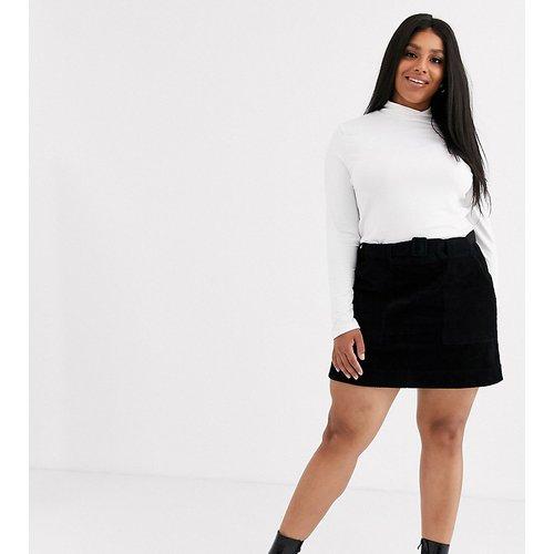 ASOS DESIGN Curve - Mini-jupe trapèze en velours côtelé avec poche fonctionnelle et ceinture - ASOS Curve - Modalova
