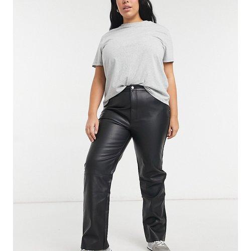 ASOS DESIGN Curve - Pantalon droit taille mi-haute style années 90 en PU - ASOS Curve - Modalova