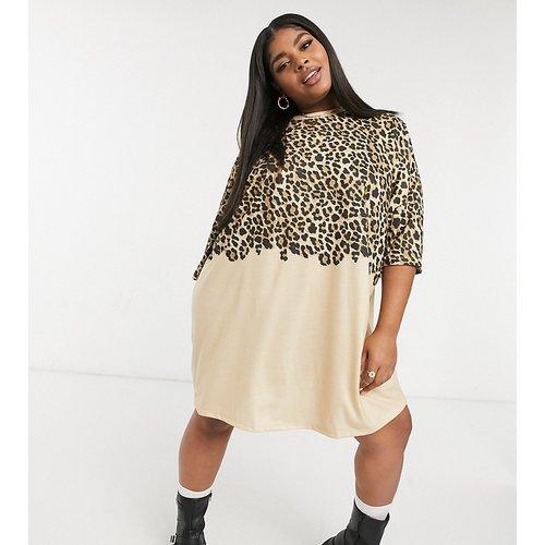 ASOS DESIGN Curve - Robe t-shirt oversize avec effet bicolore et imprimé léopard - ASOS Curve - Modalova