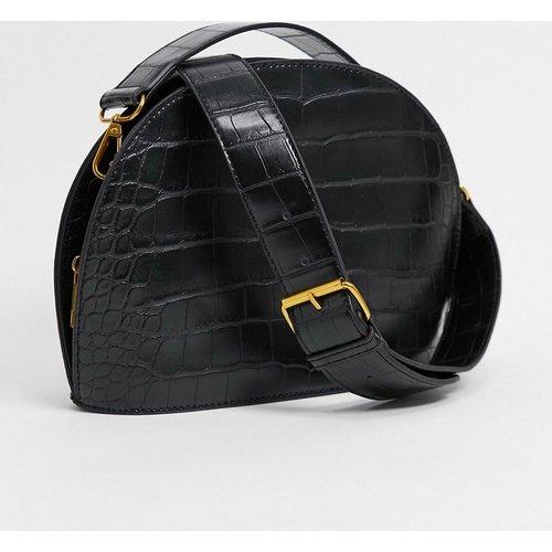 Grand sac bandoulière en demi-lune effet croco - ASOS DESIGN - Modalova