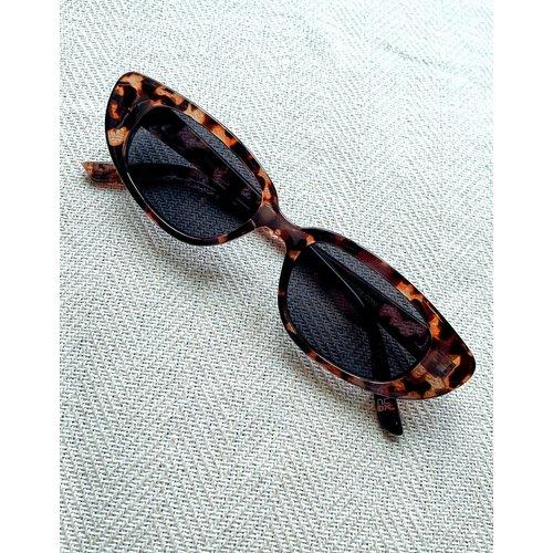 Lunettes de soleil yeux de chat - Écaille de tortue - ASOS DESIGN - Modalova