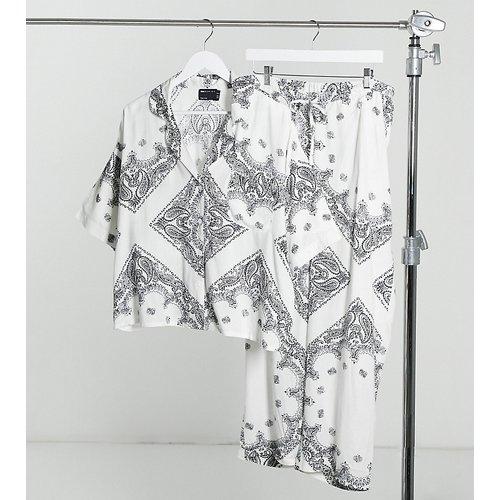 ASOS Design Maternity - Ensemble de pyjama avec pantalon et chemise à manches courte imprimé foulard - ASOS Maternity - Modalova