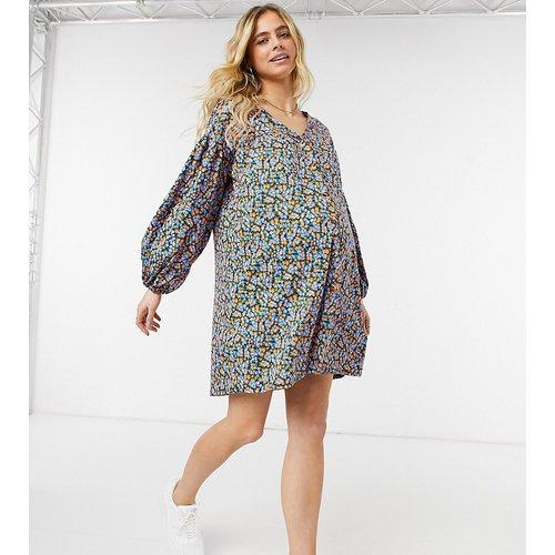 ASOS DESIGN Maternity - Robe babydoll courte boutonnée à manches longues - et bleu fleuri - ASOS Maternity - Modalova