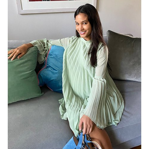 ASOS DESIGN Maternity - Robe courte plissée coupe trapèze à manches évasée - sauge - ASOS Maternity - Modalova