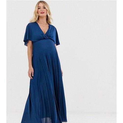 ASOS DESIGN Maternity - Robe longue plissée avec cape au dos - ASOS Maternity - Modalova