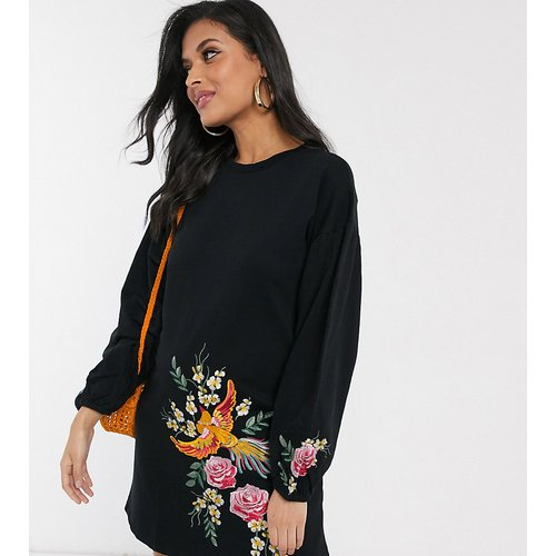 ASOS DESIGN Maternity - Robe sweat courte brodée - ASOS Maternity - Modalova