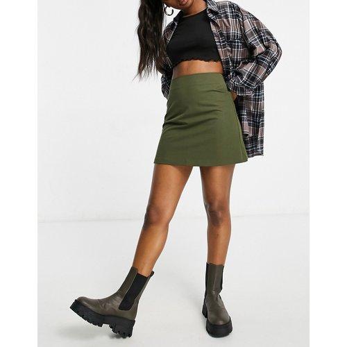Mini-jupe trapèze ajustée - Mousse - ASOS DESIGN - Modalova