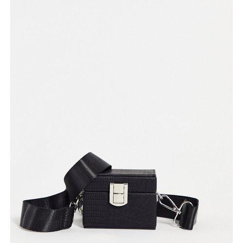 Mini sac bandoulière style boîte en imitation cuir - ASOS DESIGN - Modalova