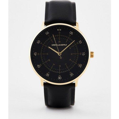 Montre classique avec détails dorés et bracelet imitation cuir - ASOS DESIGN - Modalova