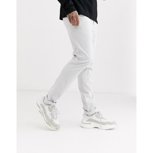Pantalon chino ajusté - Gris glacé - ASOS DESIGN - Modalova