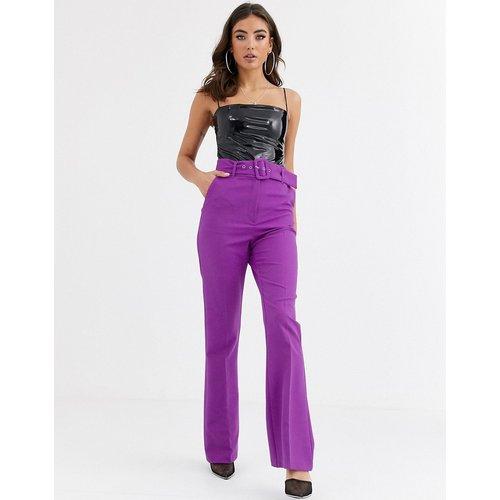 Pantalon coupe slim évasé avec ceinture couvrante - pop - ASOS DESIGN - Modalova