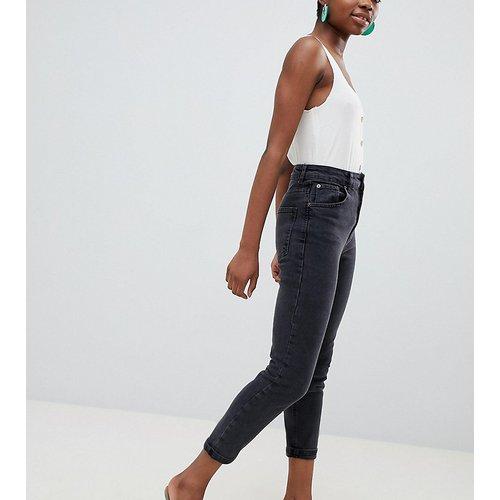 ASOS DESIGN Petite - Farleigh - Jean mom slim taille haute - délavé - ASOS Petite - Modalova