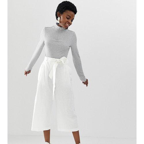 ASOS DESIGN Petite - Jupe-culotte en lin à ceinture nouée - ASOS Petite - Modalova