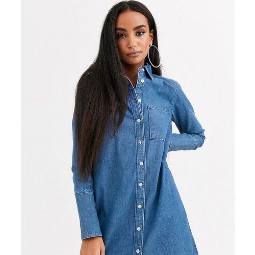 ASOS DESIGN Petite - Robe chemise en jean - ASOS Petite - Modalova