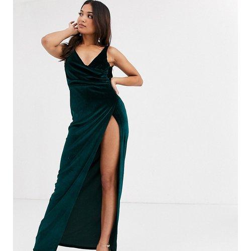 ASOS DESIGN Petite - Robe longue à encolure bénitier en velours - ASOS Petite - Modalova
