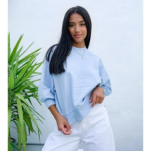 ASOS DESIGN Petite - Sweat-shirt coupe carrée avec manches larges - pâle - ASOS Petite - Modalova