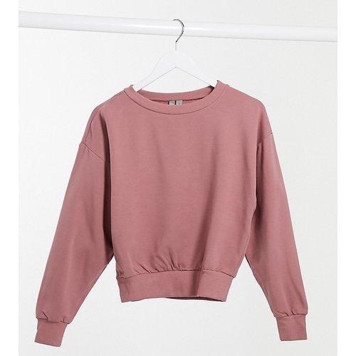 ASOS DESIGN Petite - Sweat-shirt court ultra doux à manches chauve-souris - Vison - ASOS Petite - Modalova
