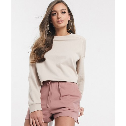 ASOS DESIGN Petite - Sweat-shirt oversize coupe carrée à surpiqûres - Taupe - ASOS Petite - Modalova