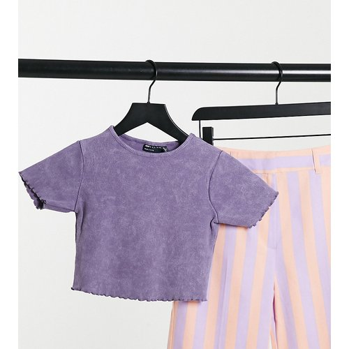 ASOS DESIGN Petite - T-shirt crop top à bord ondulé - ASOS Petite - Modalova