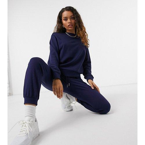 ASOS DESIGN Petite - Ultimate - Survêtement avec sweat-shirt/jogger en coton biologique avec liens - Bleu marine - ASOS Petite - Modalova