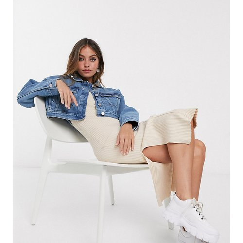 ASOS DESIGN Petite - Veste en jean effet rétréci - ASOS Petite - Modalova