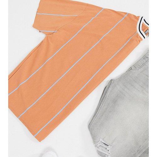Plus - T-shirt long oversize à rayures avec col à liseré contrastant - ASOS DESIGN - Modalova
