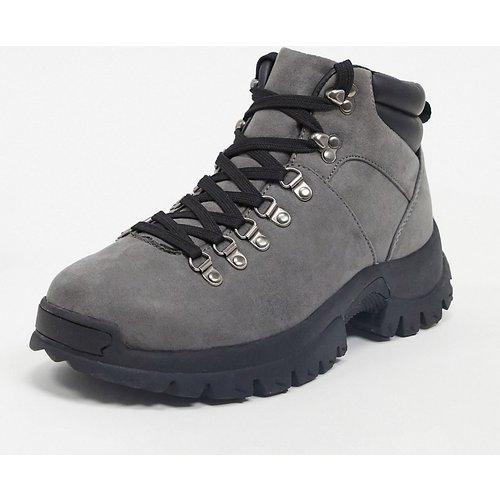 Pointure large - Chaussures style randonnée en faux daim - ASOS DESIGN - Modalova